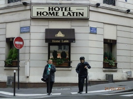 Hotel Le Home Latin: norma y luis contentisimos en la puerta