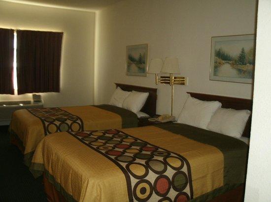 Super 8 Platte City Kansas City Area: 2dbl bed