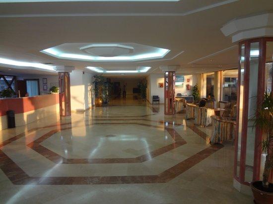 Club Hotel Aguamarina: RECEPCION HOTEL