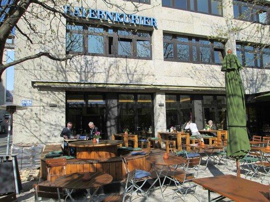 Franz Josef Restaurant: Schöne Terasse