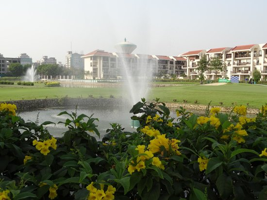 Jaypee Greens Golf and Spa Resort : golf course