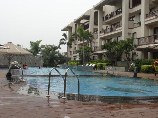 Jaypee Greens Golf and Spa Resort: pool