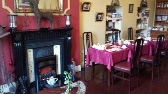 The Boulevard Guesthouse: Delightful breakfast room!