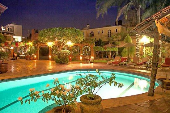 Quinta Don Jose Boutique Hotel: Relaxing evenings by the pool