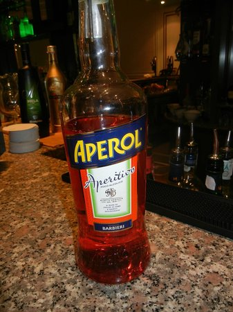 H Club Doney : Don't leave without trying the Aperol Aperitif - Le Spritz