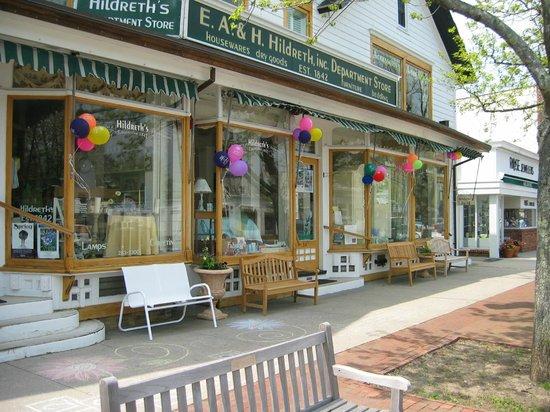 Hildreth's : Main street