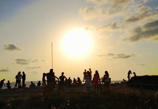 El Pirata Bus: sunset at piratabus