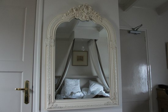 Romantik Hotel Auberge du Campveerse Toren : bedroom 8