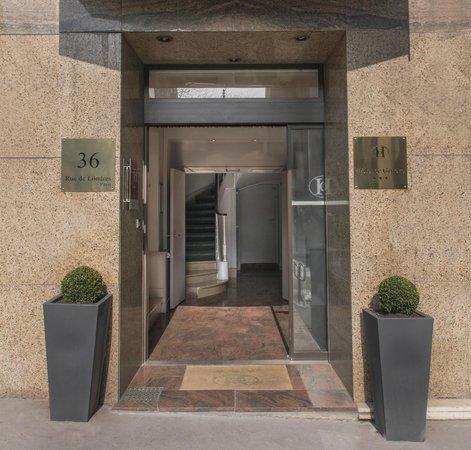 Hotel de Geneve: entrée