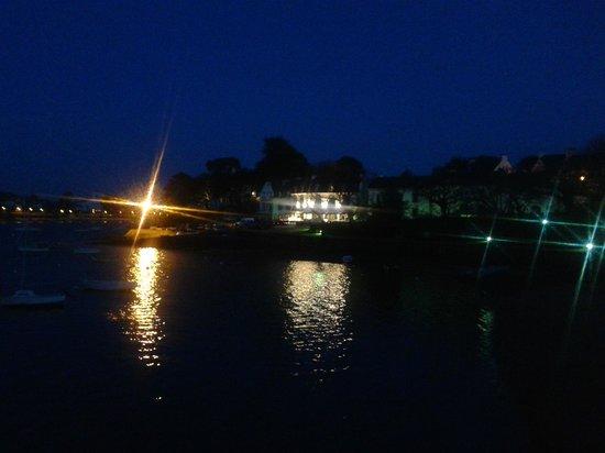 Hotel Du Bac: Vue de nuit