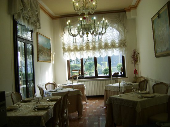 Villa Ducale Hotel e Restaurant: Sala ristorante