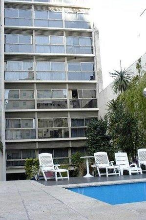 Callao Plaza Suites: garden