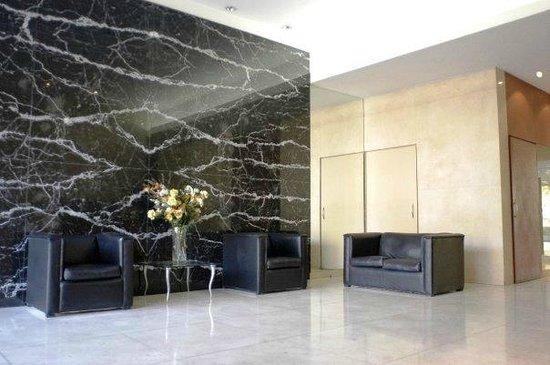 Callao Plaza Suites: lobby