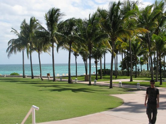 Grand Lucayan, Bahamas: View from lobby