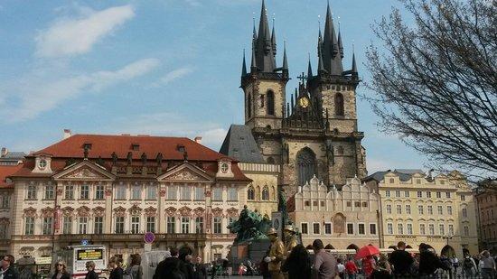 Rudolfinum: Old town square Praha