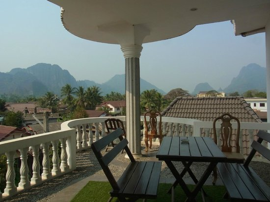Laos Haven Hotel: 3rd floor common balcony