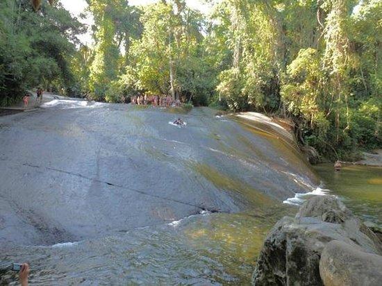 Toboga Falls: Tobogã