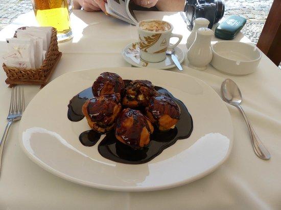O Regional Restaurante : Kaffe och god efterrätt