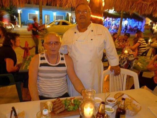 El Pirata : My husband's steak was awesome