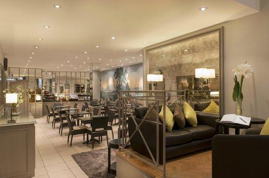 Hotel Beaugency: salle petits dejeuners