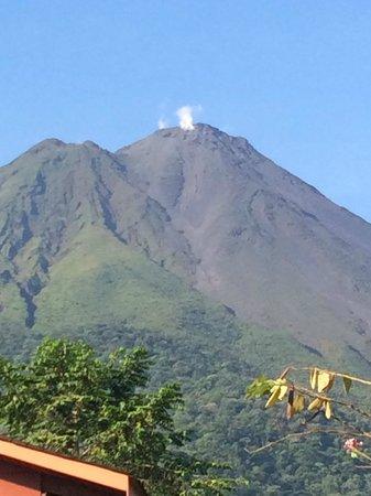 Hotel El Silencio del Campo: Arenal volcano from our porch