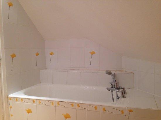 Villa Brunel: Ванная комната в номере на 6-м этаже