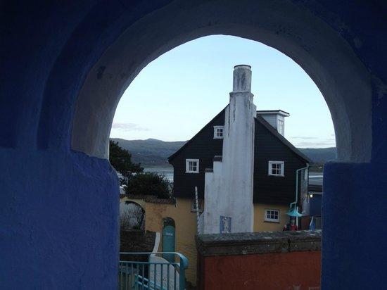 Hotel Portmeirion : Veiw of village