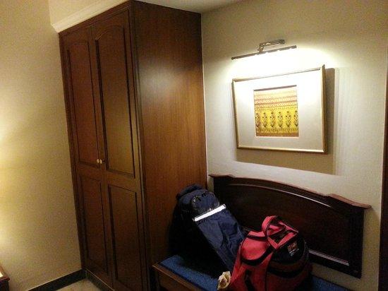 Radha Regent: Room