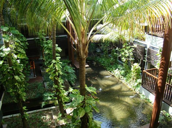 Mercure Kuta Bali: вид с общего балкона