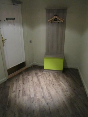 ProfilHotels Central Hotel: Wooden floor.