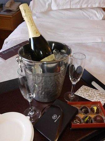 Sheraton Grand Sacramento Hotel: Romance Package