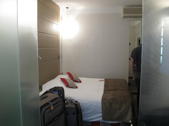 Hotel Astrid: Quarto