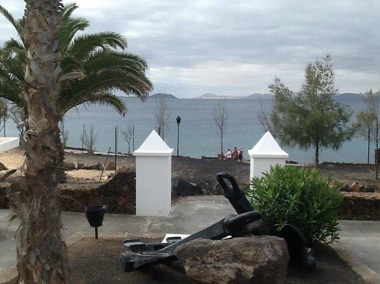 Marconfort Atlantic Gardens Bungalows: view to fuerteventura