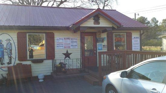 Big Shanty Smokehouse BBQ: Entrance