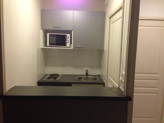 Appart'City Lyon Vaise Saint Cyr: La kitchenette