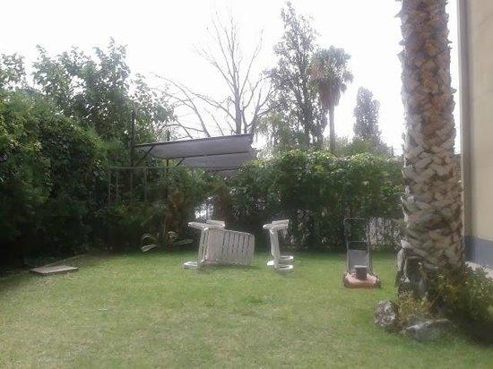 BONARDA HOTEL: Jardin...