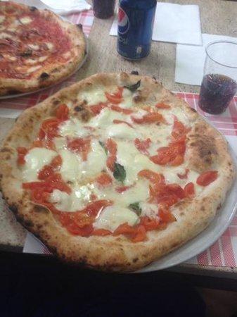 Pizzeria da Gaetano: perfection...pizza doc