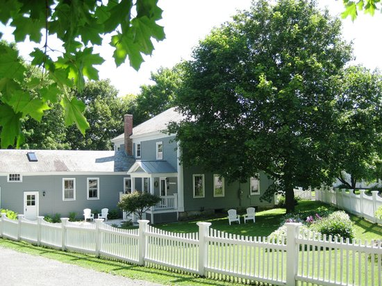 Photo of Eddington House Inn Bennington