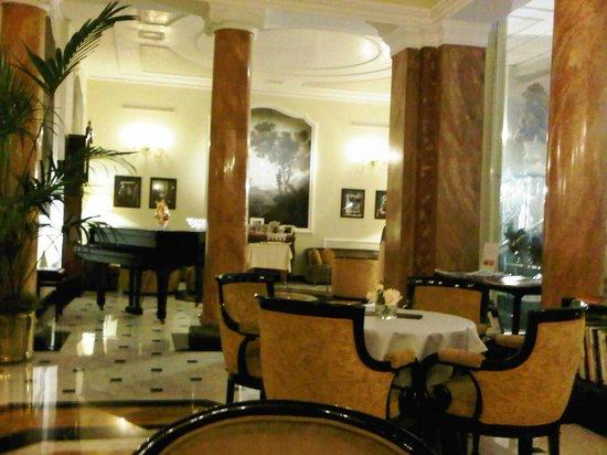 """Grand Hotel Majestic """"Già Baglioni"""" : bar"""