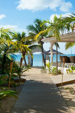Le Shambala : The beach gate