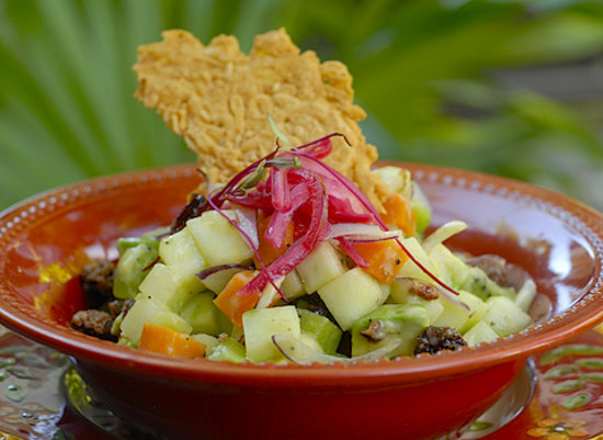 BeTulum Restaurant and Lounge : A flavorful salad...