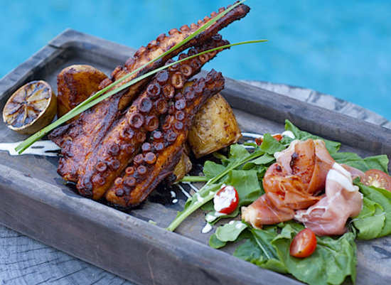 BeTulum Restaurant and Lounge : Grilled octopus...