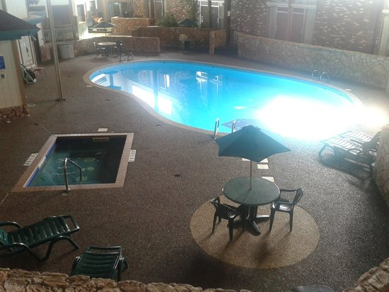 The Vegas Motel : Updated Pool Deck