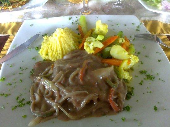 Hotel Montana de Fuego Resort & Spa: almuerzo