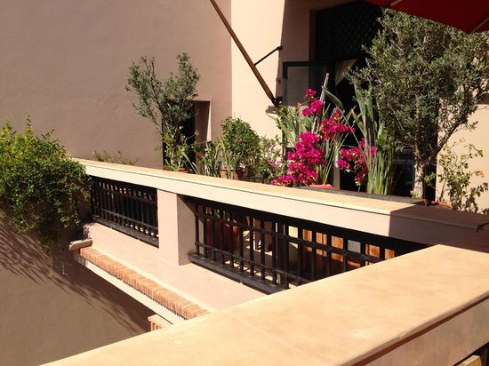 Four Seasons Resort Marrakech: one of the ledges