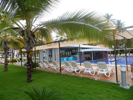 Hotel Riu Palace Macao: e mais uma vista da maravilhosa piscina.
