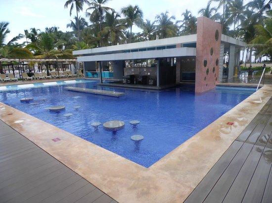 Hotel Riu Palace Macao: Aqui vc experimenta todos os drinks.