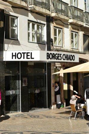 Hotel Borges Chiado: Entrada del hotel