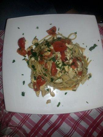 La Mucca Bischera: Spaghetti ricciola e pachino