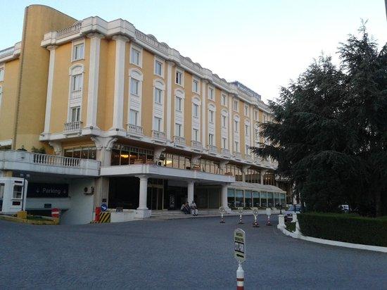 Barcelo Eresin Topkapi: Hotel confortável e espaçoso. Tudo de bom.